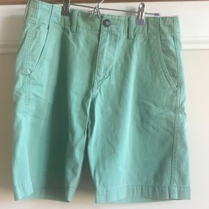 American Eagle 🦅 green flat front shorts 30